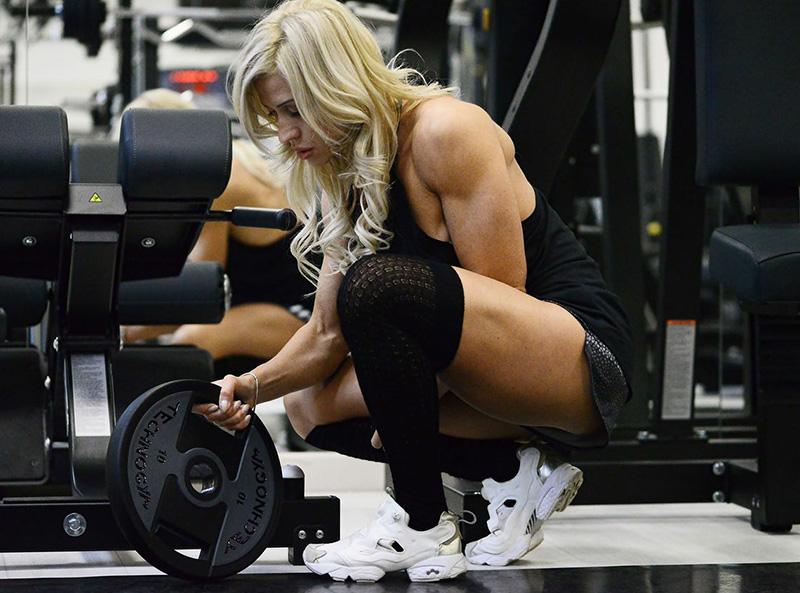 sollevamento pesi bodybuilding weightlifting powerlifting culturismo benessere fisico forma del corpo